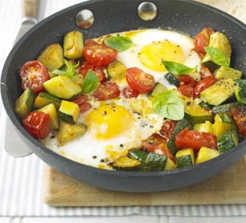 One-pan summer eggs
