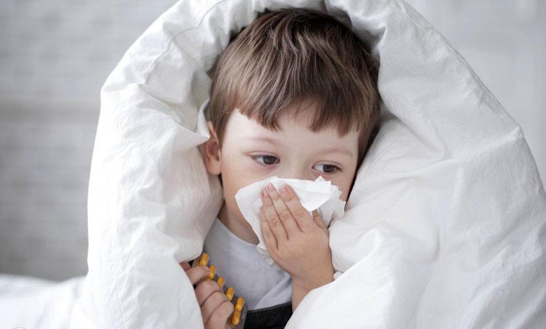 Kita pasti merasa sedih bila si kecil terserang penyakit pilek dan flu. Ayah dan Bunda mungkin panik saat menghadapinya. Kita akan mendapati si kecil mengalami penurunan nafsu makan dan terlihat lemas karena pilek dan flu yang dideritanya. Hal ini membuat Ayah dan Bunda berpikir, apa yang harus dilakukan untuk mengobati si Kecil. Pemberian obat memang […]