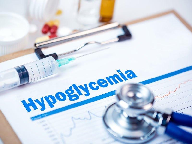 Apa itu hipoglikemia? Hipoglikemia atau gula darah rendah adalah kondisi ketika kadar glukosa (gula) darah berada di bawah nilai normal. Umumnya seseorang dianggap mengalami hipoglikemia jika kadar glukosa darah kurang dari 70 mg/dl. Baca Juga: Diabetes Tidak Terkontrol? Pahami Komplikasinya Hipoglikemia merupakan salah satu komplikasi yang dapat terjadi pada pasien diabetes dan berpotensi menyebabkan penurunan […]